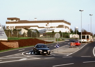 Thumb spangdahlem air base main gate in 1998