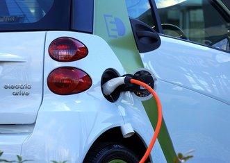 Thumb electric car 1458836 1280