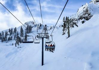 Thumb skiing 4835024 1280