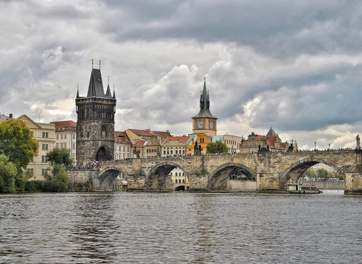 Medium charles bridge 5568178 1280