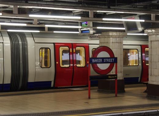 Medium london 71847 1280