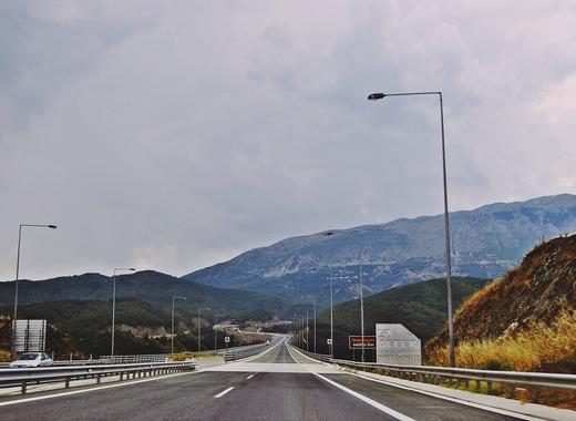 Medium road 1902290 1280