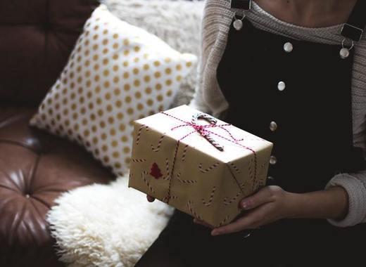 Medium gift