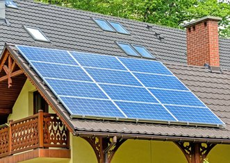 Thumb solar panels 1477987 1280
