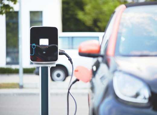 Medium electric car 4381728 1280