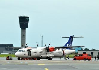 Thumb airport 1639336 1280