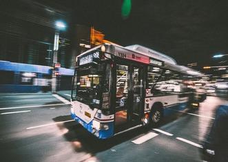 Thumb bus 2618756 960 720