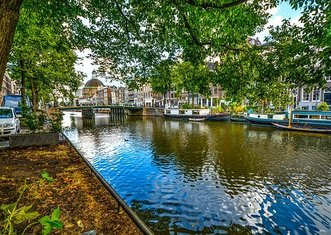 Thumb amsterdam 2152771  340