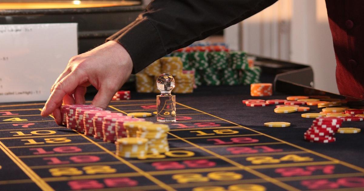 Nitra waging war on gambling