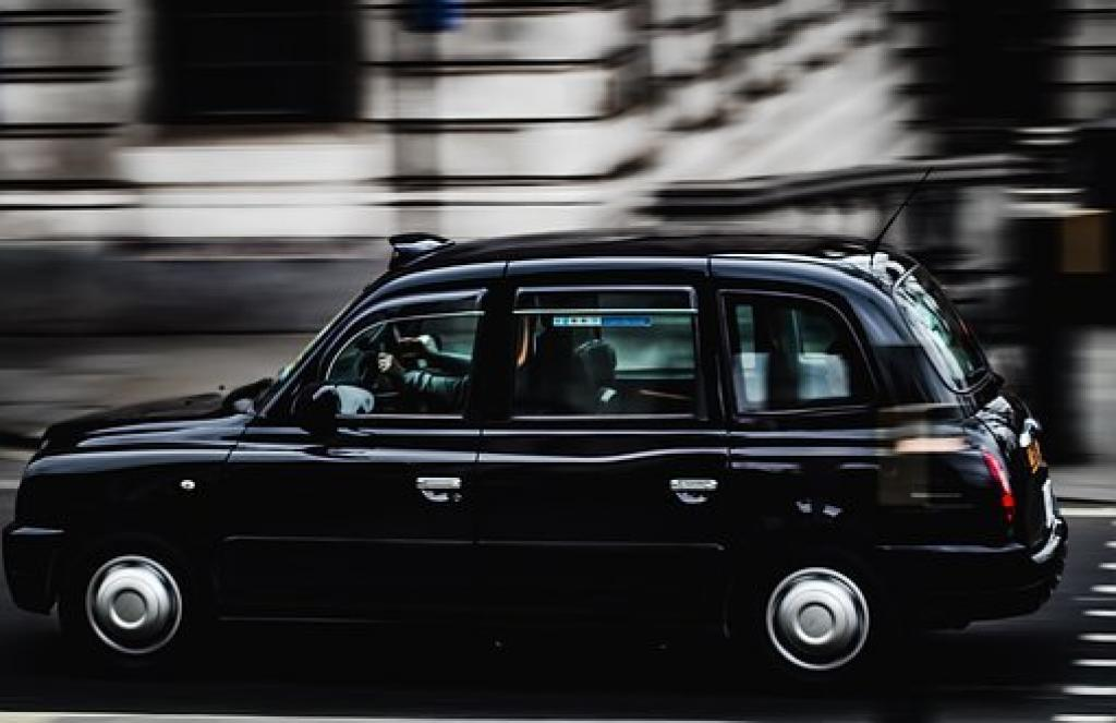 Department for Transport Support Grant of £7,500 For Taxi Drivers Shifting to Electric Cabs Will Continue in 2022/2023