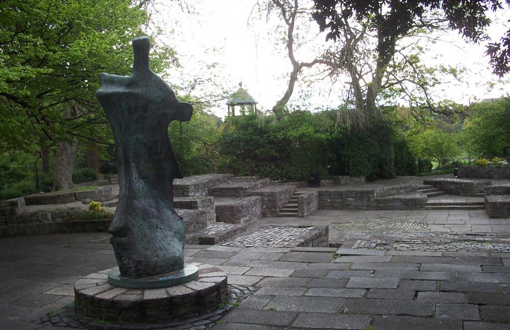 Stephen's Green William Butler Yeats Memorial