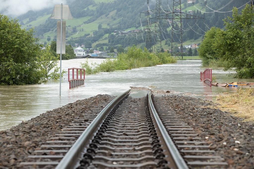 salzburg flooding